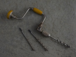 Brace and bit with augers